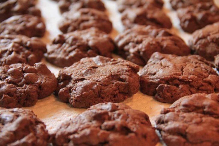 tahinli pekmezli cevizli kurabiye