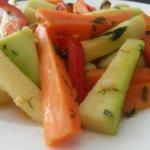 Zeytinyağlı Sebze Salatası Tarifi