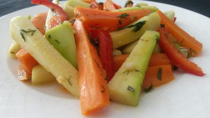 zeytinyağlı sebze salatası