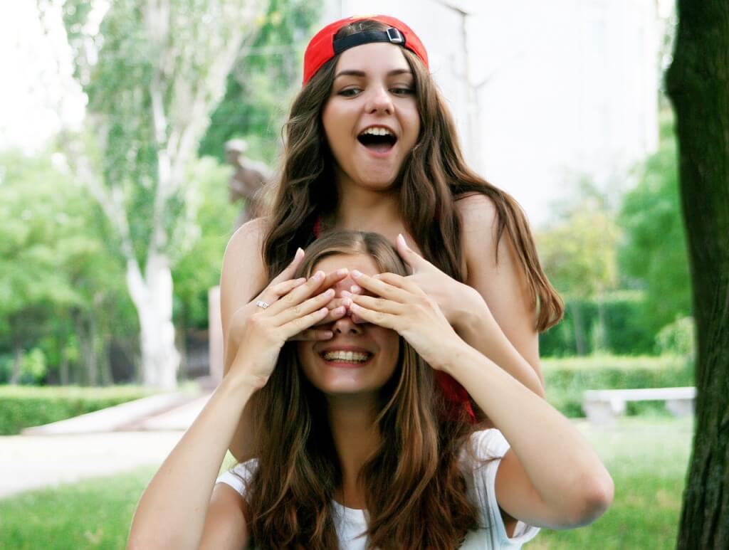 İnsanların Sizden Hoşlanmasını Sağlayacak 17 Taktik