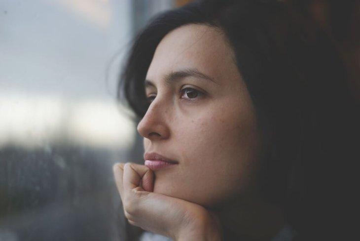 Aşırı Düşünmeyi Bırakmanın 7 Etkili Yolu