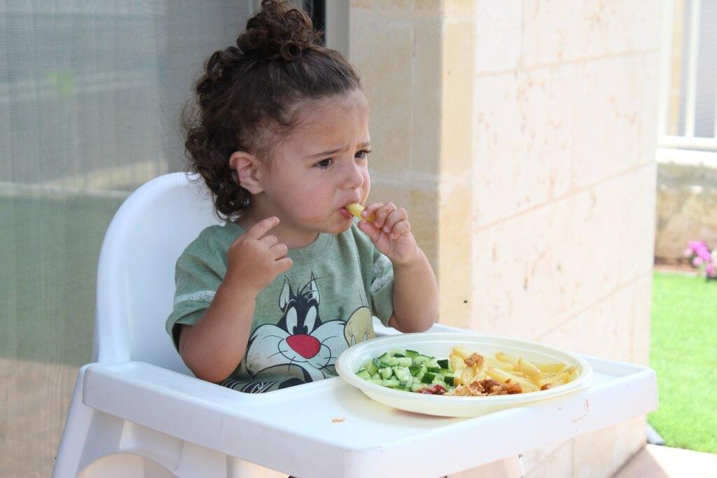 Çocuğunuza Sağlıklı Beslenme Alışkanlığı Nasıl Kazandırırsınız?