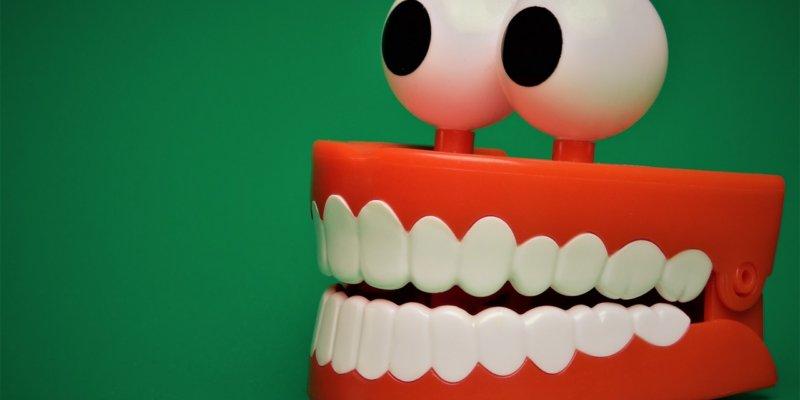 Dişleri Beyazlatmak İçin 5 Doğal Yol