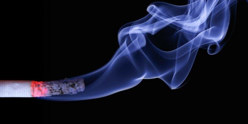 Sigara İçmek Bel Ağrısını Tetikleyebilir